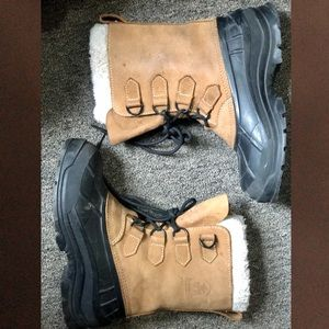 Kamik Lace-up Snow Boots